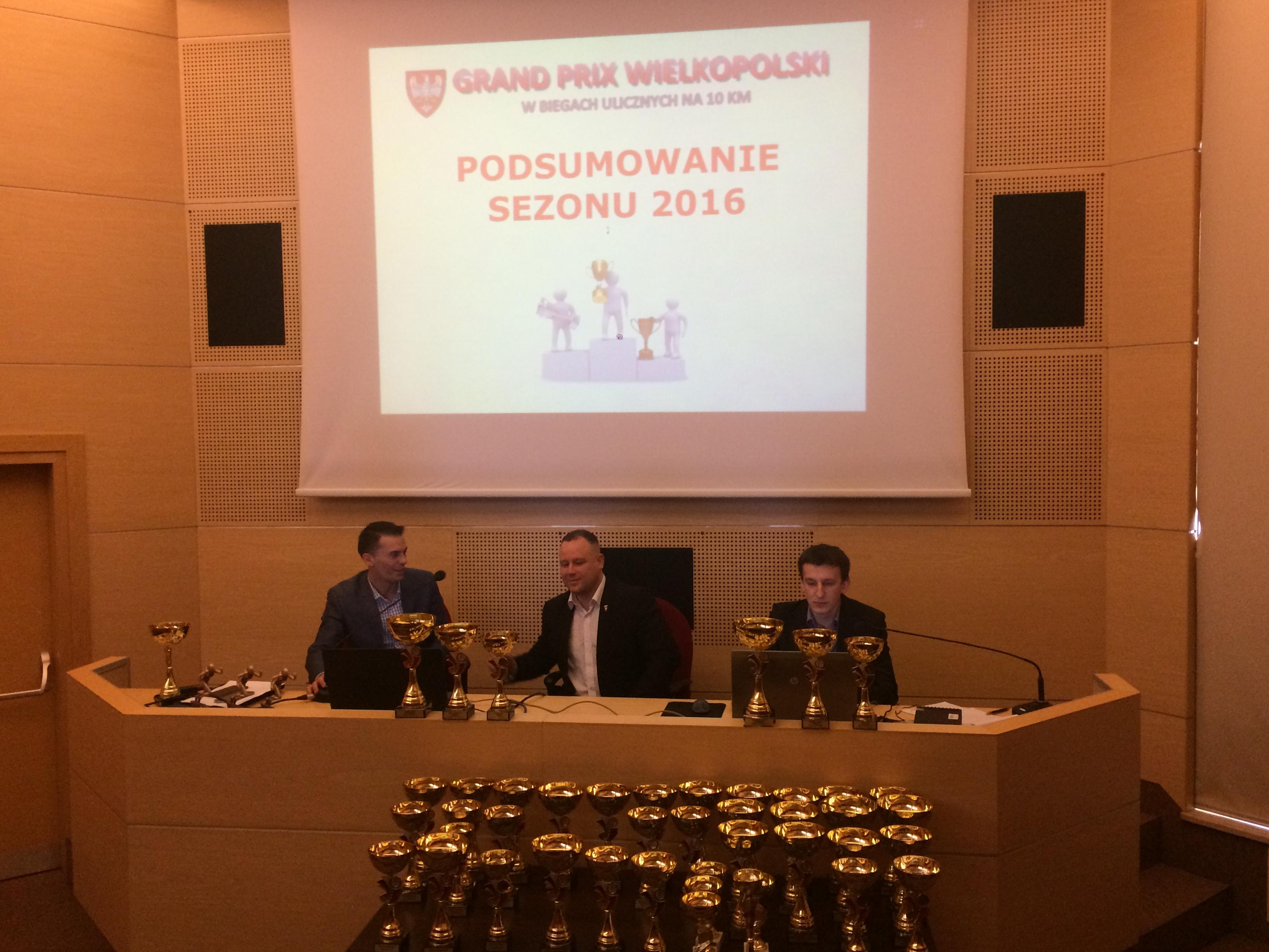Uroczyste podsumowanie Grand  Prix Wielkopolski w biegach ulicznych na 10 km.